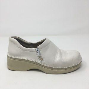 NAOT White Leather Side Zip Nurse Clogs 39/8